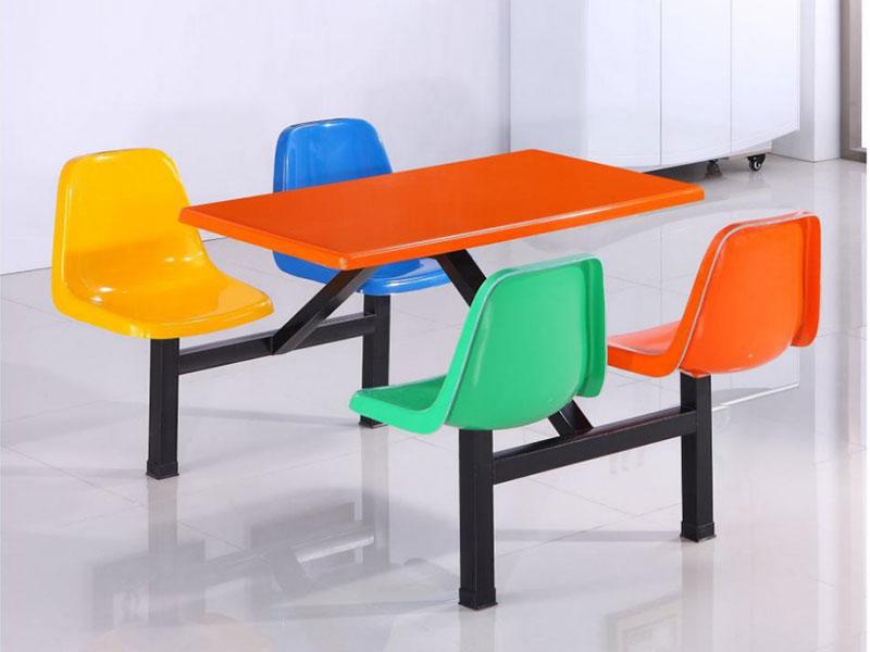 湘潭学校食堂餐桌椅连体餐桌椅