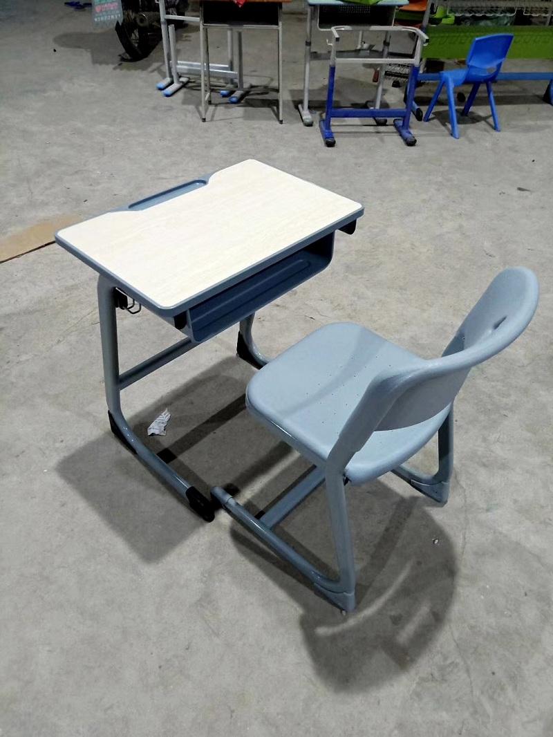 长沙培训课桌椅